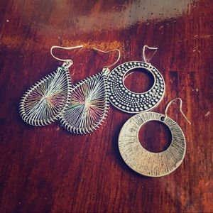 Accessories - 2 NEW pairs of dark silver and rainbow earrings.